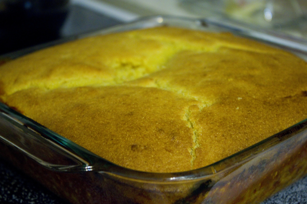 Chili Cornbread Bake